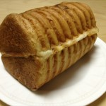 ↑丸太パン・チーズ(半分カット)