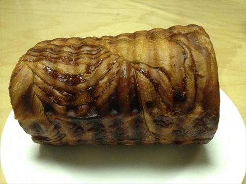 キャパトル丸太パン