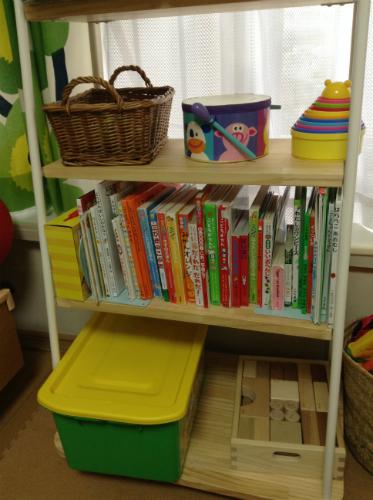 モモナチュラル子供用本棚