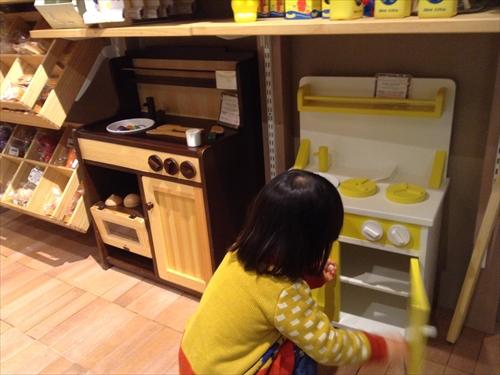 モモナチュラル子供用キッチン