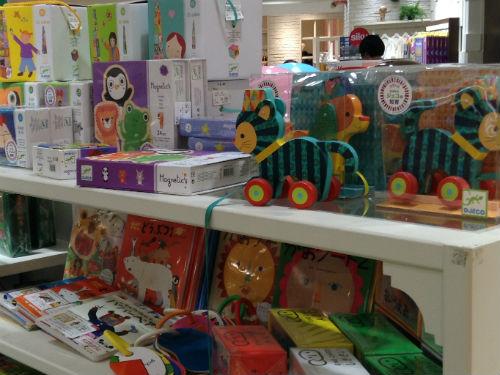 阪急知育玩具コーナー