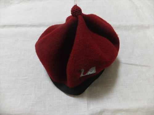 プチジャム、ベレー帽