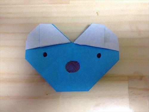折り紙で「うっかりペネロペ」