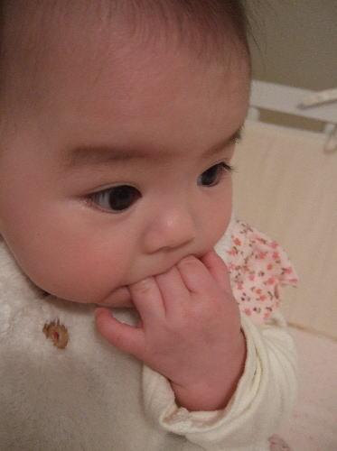 2歳児指しゃぶり
