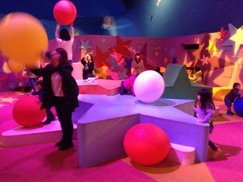 USJセサミストリート・ファンワールド・アビーのマジカルパーティ