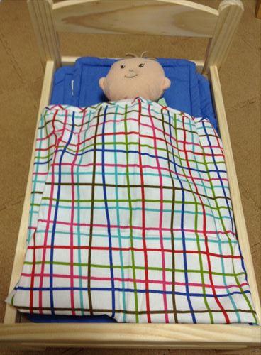 お世話人形ベビーステラのベッドにIKEAの人形用ベッドを購入したらピッタリだった
