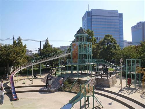 子供遊具公園「大阪城子供天守閣」