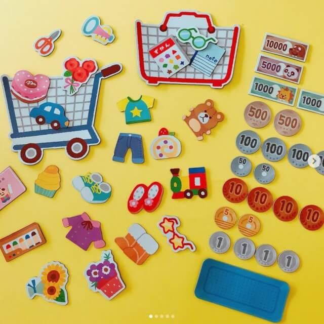 100均キャンドゥのおもちゃ「ショッピングフレークマグネット」