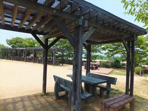 和泉リサイクル環境公園テーブル席