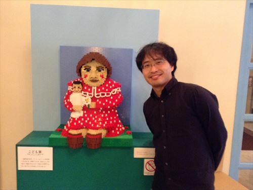 アンリルソー「人形を抱く子ども」レゴ
