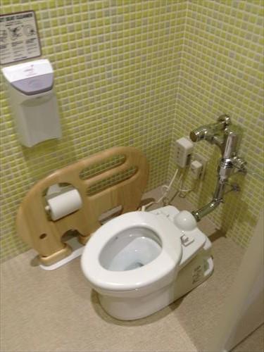 くずはモールベビールーム・子供用トイレ