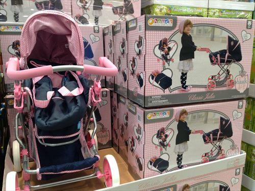 コストコ和泉倉庫店で売っている幼児用品・お世話人形用ベビーカー