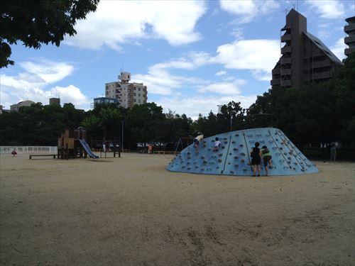長居公園内遊具公園(遊戯広場)