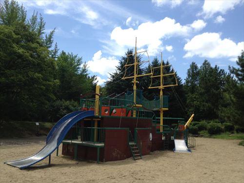 大泉緑地の大型遊具公園②「海遊ランド」巨大船