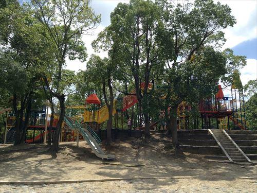 大泉緑地大型遊具公園①「わんぱくランド」