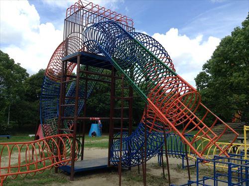 大泉緑地大型遊具公園①「わんぱくランド」輪っか型ジャングルジム