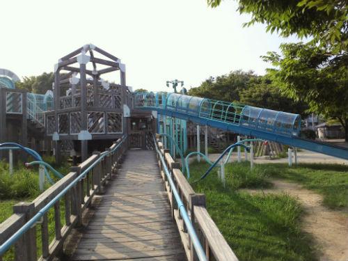八幡屋公園・大型遊具・木の公園