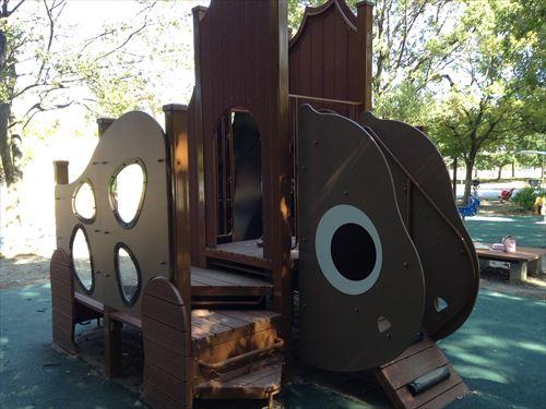 深北緑地・恐竜広場・幼児向けウサギ滑り台