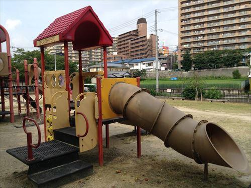 服部緑地・いなり山児童遊戯場・遊具小