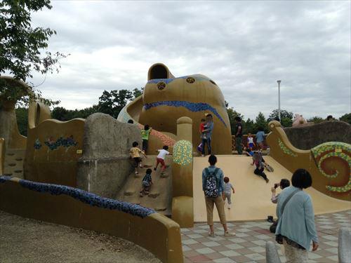 久宝寺緑地・まいまい広場