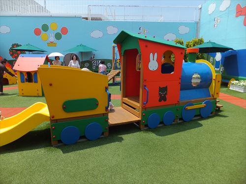 パンジョ5階・ミッフィーガーデン・機関車