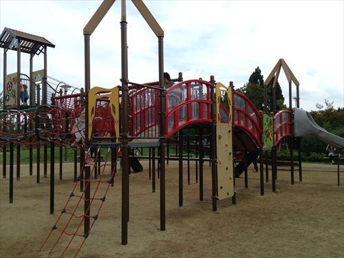 梅小路公園すざくゆめ広場の遊具
