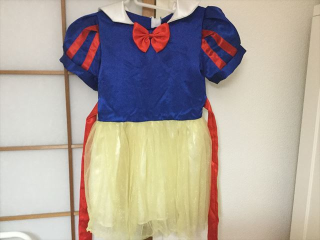 3coins(スリーコインズ)白雪姫の衣装