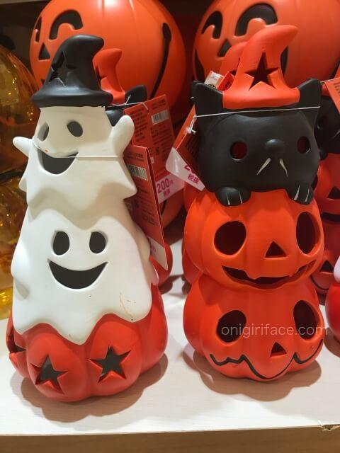 ダイソーのハロウィングッズ「かぼちゃとおばけ、猫の置物」