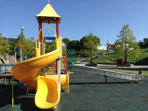 深北緑地・とりで広場・幼児向け公園・回転滑り台