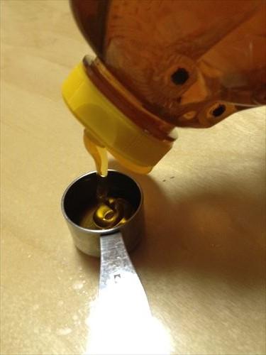 喉の痛みに濃厚蜂蜜レモン作り方