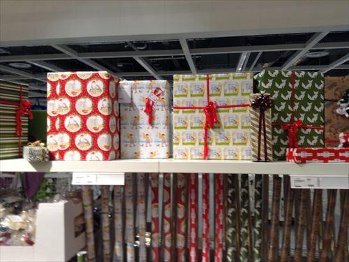 IKEAクリスマスツリー包装紙など