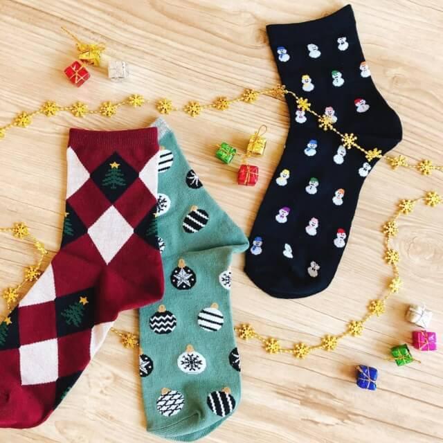100均キャンドゥクリスマス柄の靴下・2020年新作