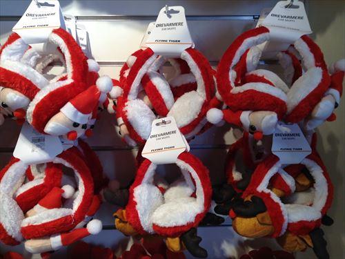 フライングタイガーのクリスマスグッズ・サンタクロースコスチューム&衣装