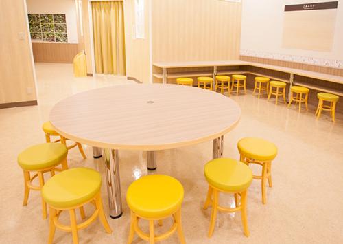ベビールーム(授乳室・オムツ交換台・離乳食エリア)グランツリー武蔵小杉