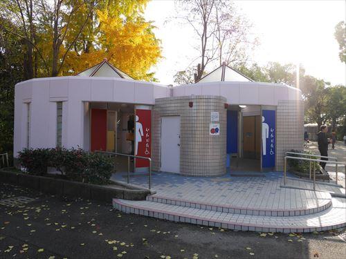 天王寺動物園のアフリカサバンナゾーントイレ