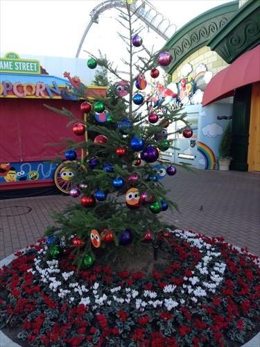 ユニバーサルワンダーランドのクリスマスデコレーション
