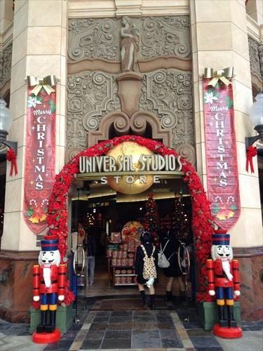 USJ内のクリスマスデコレーション