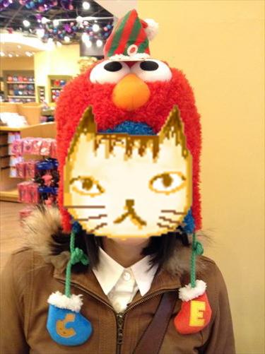 USJのクリスマスグッズ&プレゼント・サンタエルモ帽子
