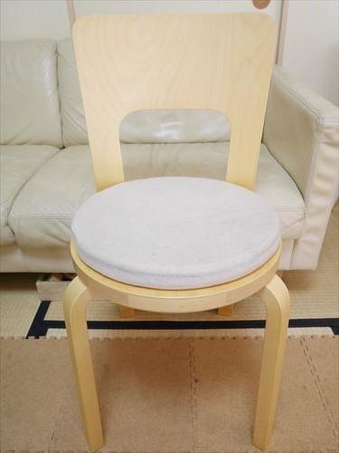 アルテックの椅子