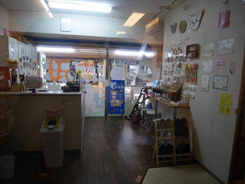 堺東駅・猫カフェ「ゆる猫」入口