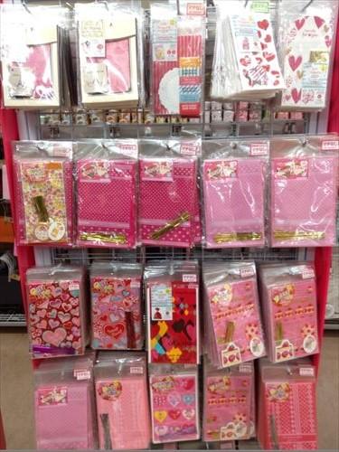 ダイソーのバレンタインチョコ・ピンク系ラッピング袋
