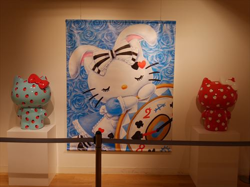 ハローキティアート展・キティ絵画と像