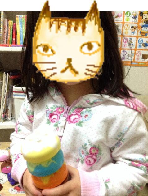 レゴ・デュプロ「アイスクリーム遊びセット」で遊ぶ娘