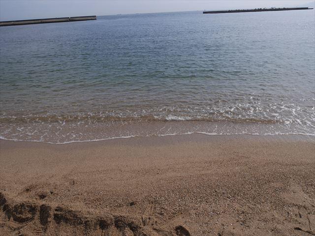 須磨海浜水族園の裏側にある須磨海水浴場