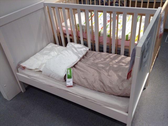 IKEAのベビーベッド「スンドヴィーク(SUNDVIK)」