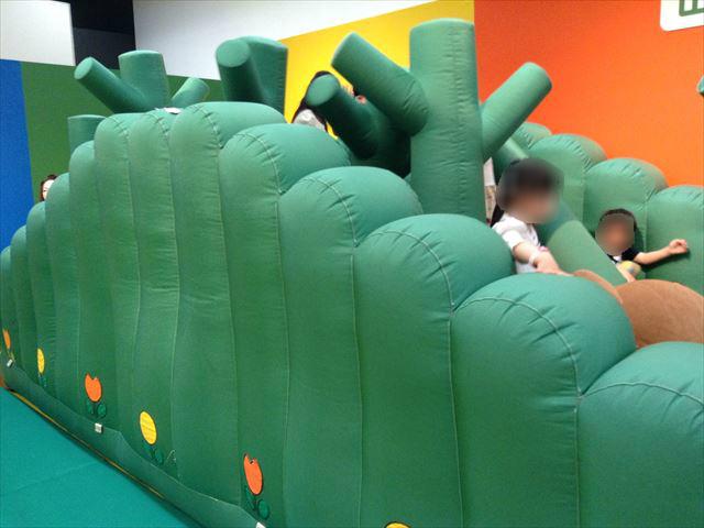イベント企画展「ミッフィワールド」の室内遊具・ふわふわクッション