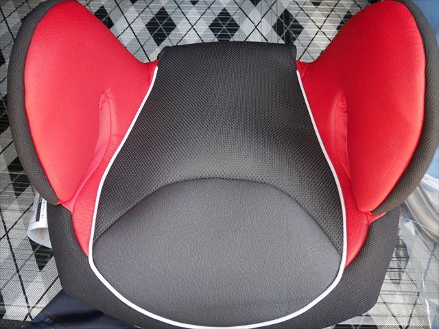 コンビ「ムーヴフィットジュニア」メッシュ・カラープラス(Colorplus)・座席部分