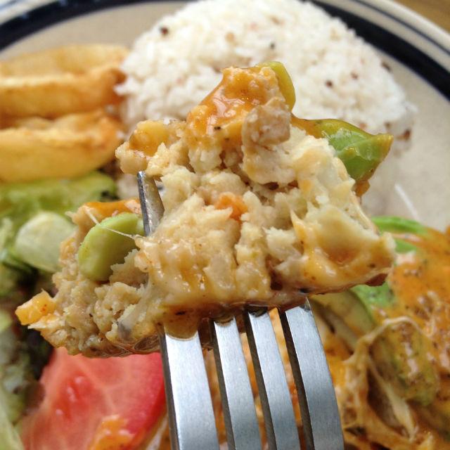 ハンズカフェ・とろ〜りチーズの彩り野菜ハンバーグ