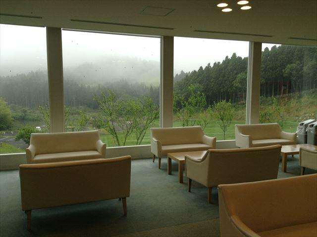霧生温泉「香楽の湯」ホテルシャンペール内ロビー