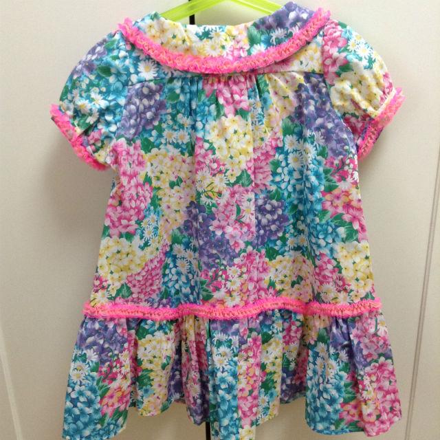フェフェで購入した子供服(ワンピース)